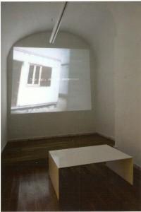 Vídeo, cor e som, dimensões variáveis de projecção, 5' Vista da instalação